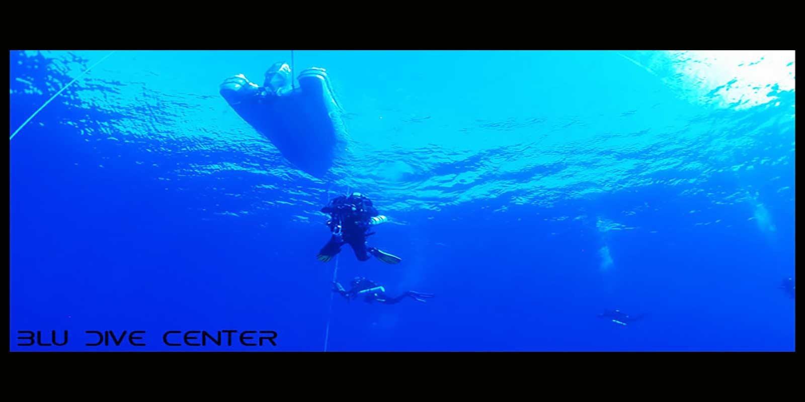 Adotta un gommone blu dive center santa teresa gallura sardegna - Dive center blu ...