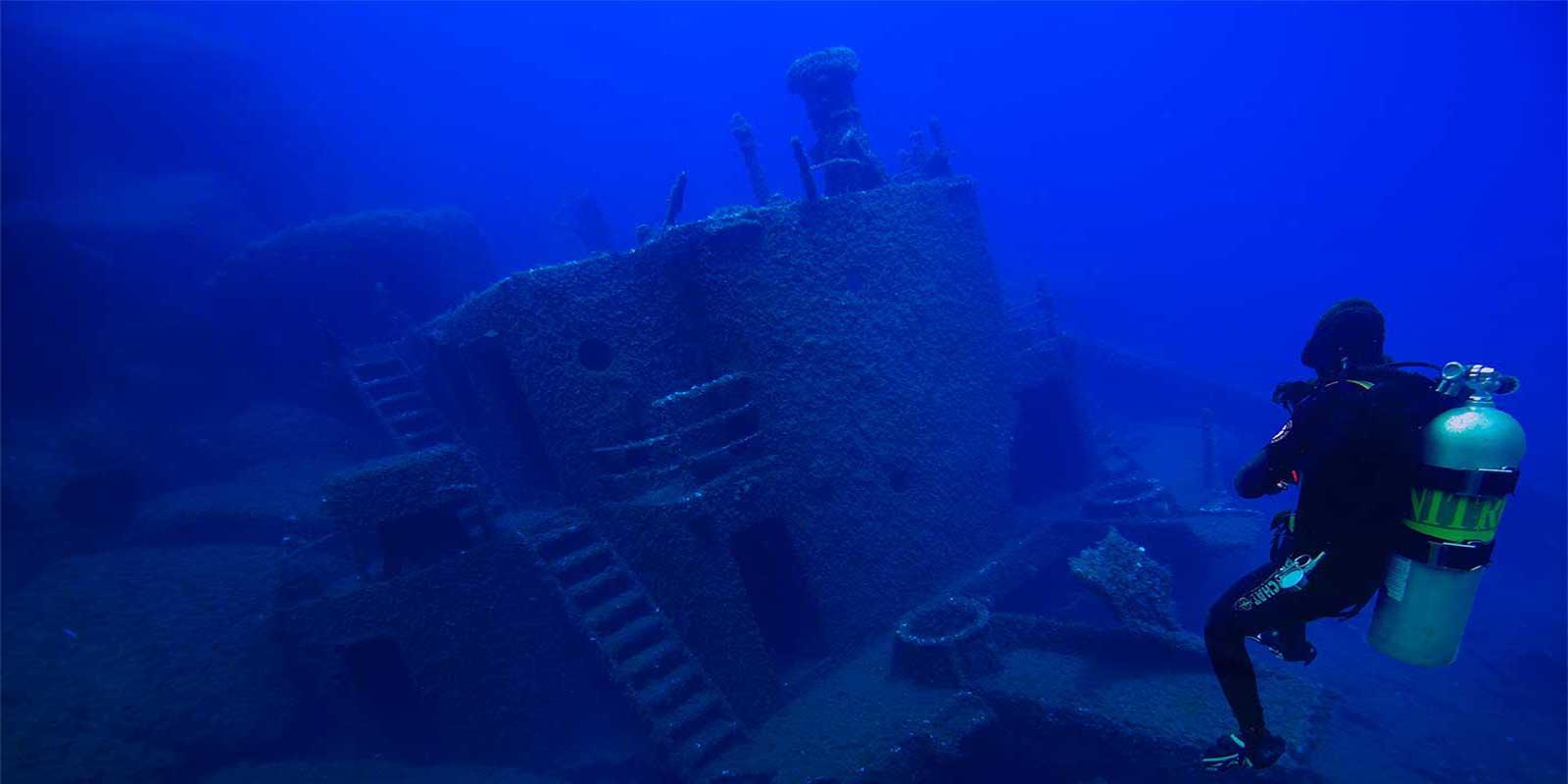 Recreational dives blu dive center santa teresa gallura sardegna - Dive center blu ...